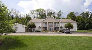 Potters Creek Apartments